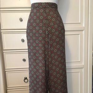 Casual wide legged pants